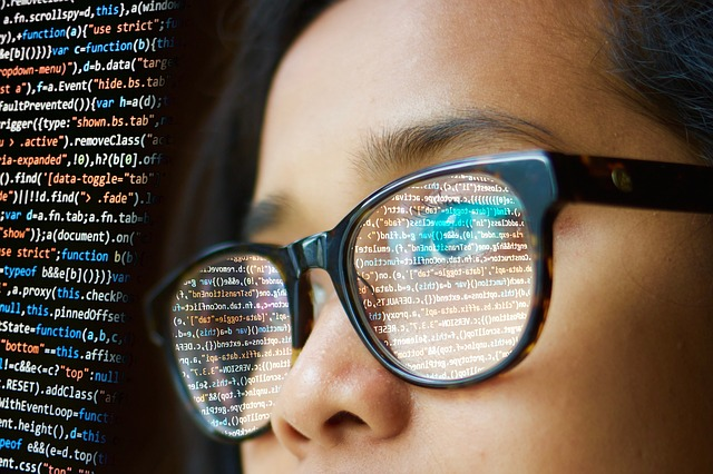 women coder